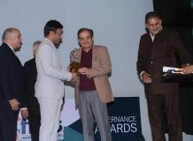 Amit Lodha IPS receiving the award from Ch. Birender Singh Minister of Steel